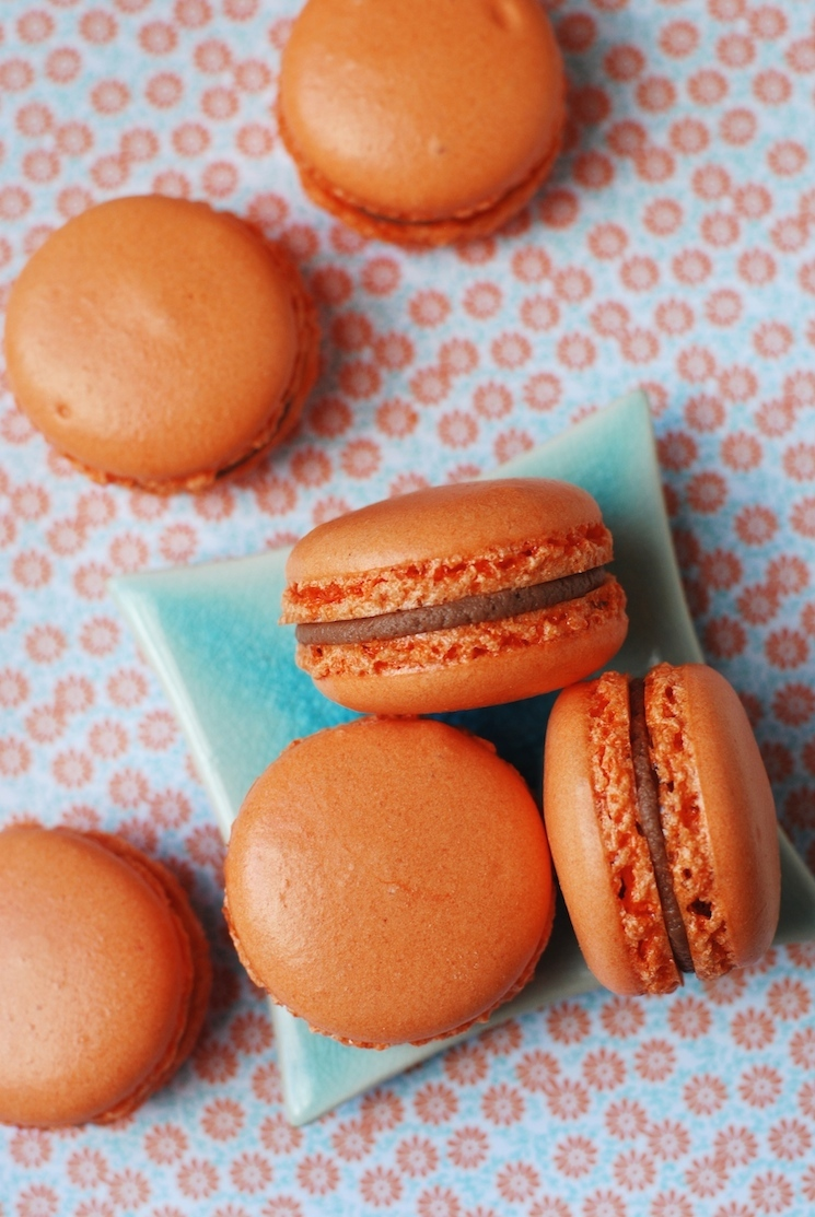 chocolate_orange_macarons_afternoon_crumbs_1