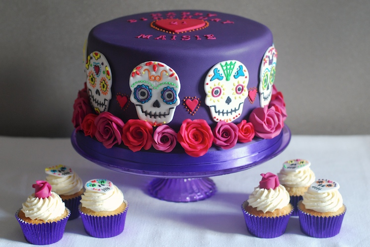 Day_of_the_dead_cake_afternoon_crumbs_6