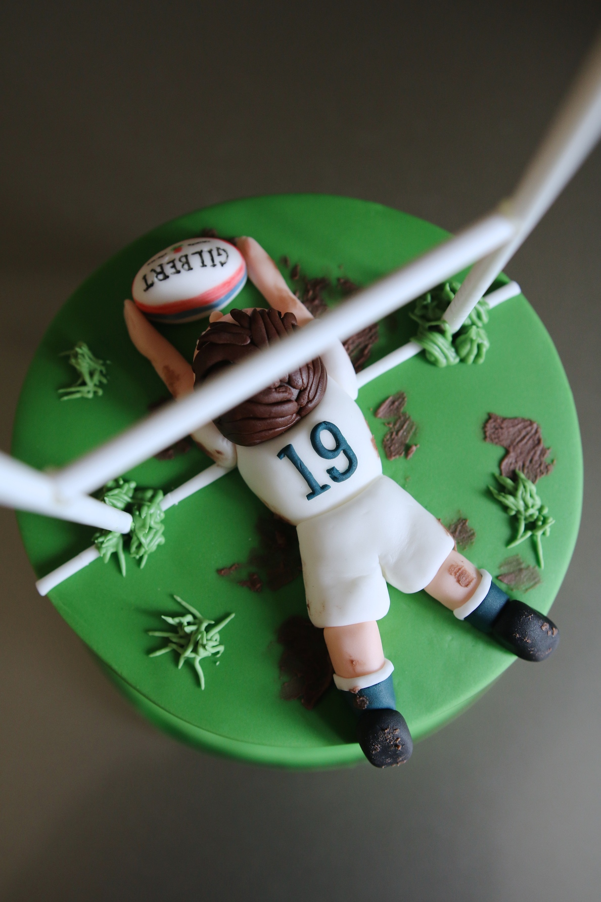 Rugby_Cake_03